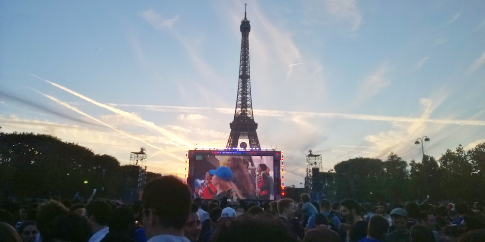 Lire la suite : Euro 2016 : Comment se passe un match dans la fan zone de Paris ?
